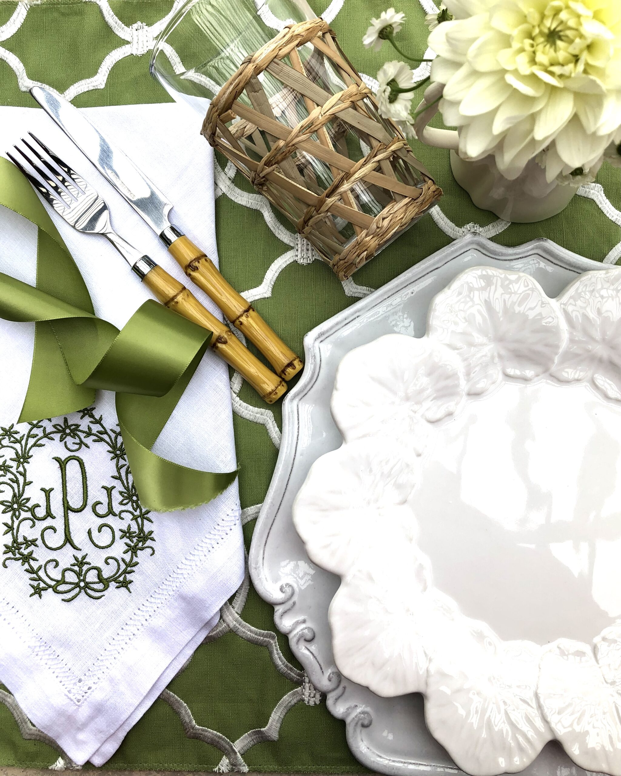 Spring Green and white table garden party