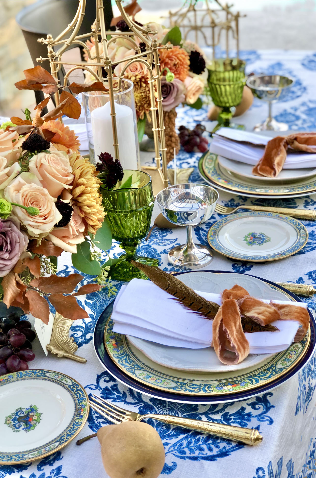 Thanksgiving Table, Blue and White table